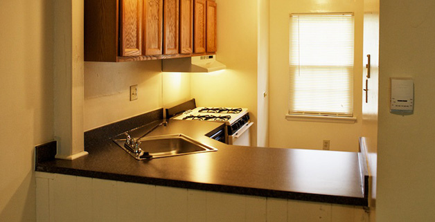 Townhouse Features include 2 and 3-Level townhomes. Efficiency, 2 bedroom, 3 bedroom and 2 bedroom with den, 3 bedroom with den and New energy efficient windows, Eat-in kitchen with pantry & gas range, Living/dining room combination, Large bedrooms with big closets, Updated bathrooms with separate linen closets, Fenced private patio with sliding glass door
