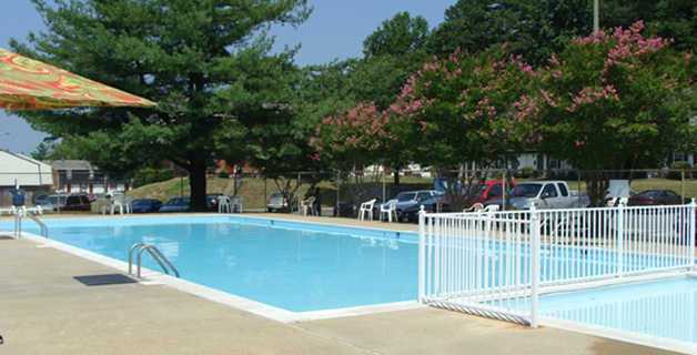 Cloisters has Pet Friendly townhomes for rent in Henrico VA, online rental payment, online maintenance requests, large swimming pool with children's pool, 2 playgrounds, basketball court, clubhouse with fireplace and full kitchen for private parties